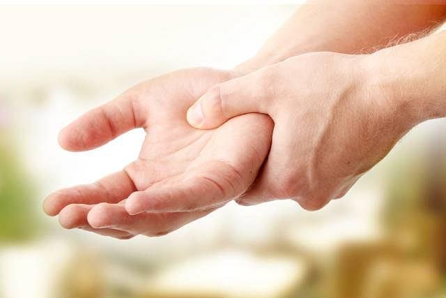 Dłonie – nieformalna praktyka mindfulness